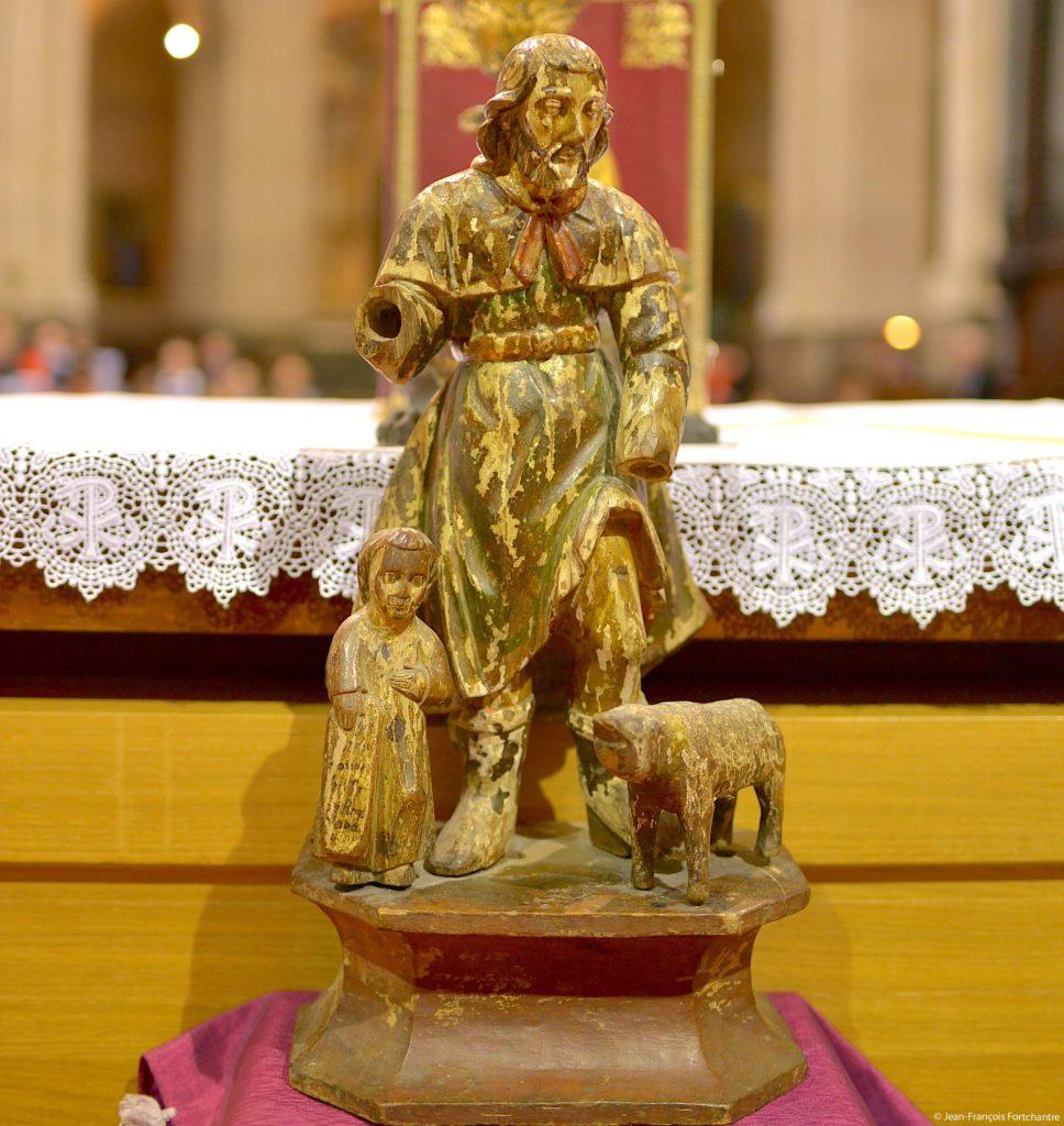 Saint Roch statue